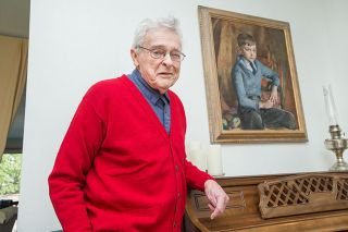 "Marcus Larson/News-Register##Fred Hisaw, now 90, sat for this portrait when he was 7 years old. The artist's father read ""Huckleberry Finn"" aloud to the boy so he'd sit still."