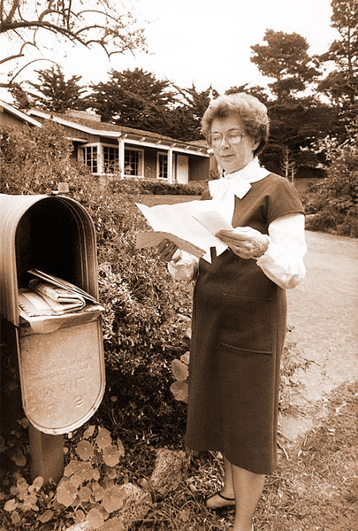 Courtesy Cleary Family Archives##Beverly Cleary collects fans' letters from her giant mailbox. Her son said they needed the biggest mailbox on the block to hold all the correspondence from readers.