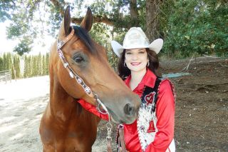 Emily Hoard/News-Register##Ariana Piscitelli and her 7-year-old horse, Diva,