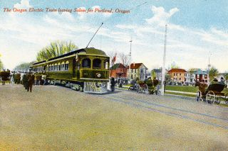 ##A postcard image shows the Oregon Electric railway train leaving Salem, heading north to Portland, circa 1910.