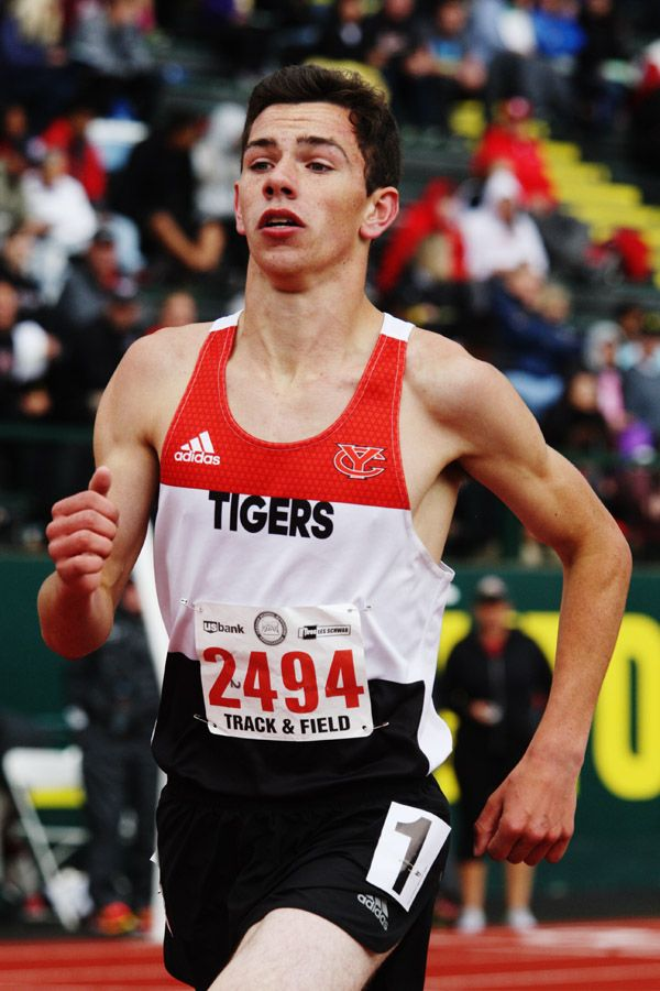 Rockne Roll/News-Register##Dylan Schmidt of Yamhill-Carlton finished ninth overall in the 4A boys  3,000, clocking 9 minutes, 23.16 seconds.