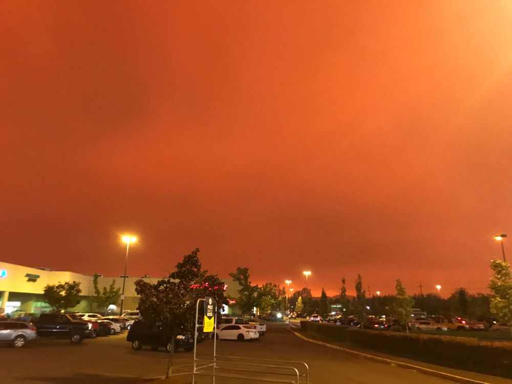 Dora Totoian/News-Register##The sky outside the Fred Meyer store in Newberg on Wednesday morning.