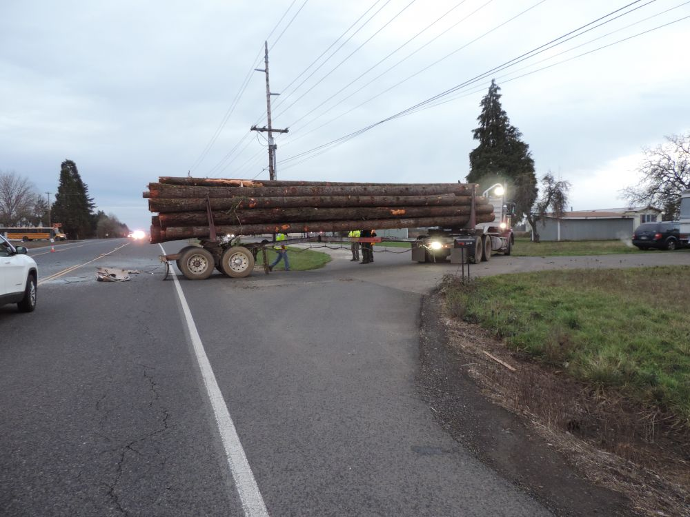 Highway 18 crash injures Sheridan family members